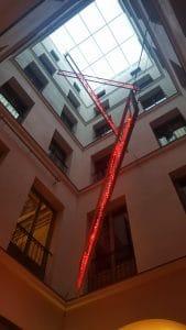 corte interna axel hotel madrid