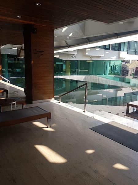 Lit ingresso piscina