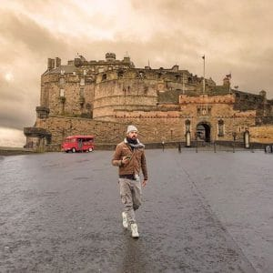 La piazza del Castello di Edimburgo