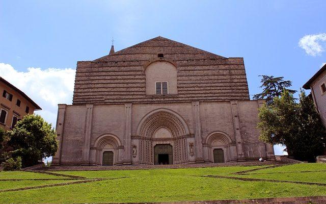 Todi Umbria guida di viaggio completa
