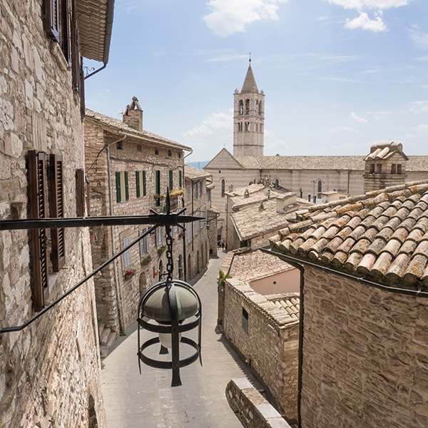 Vista dallalto di Assisi
