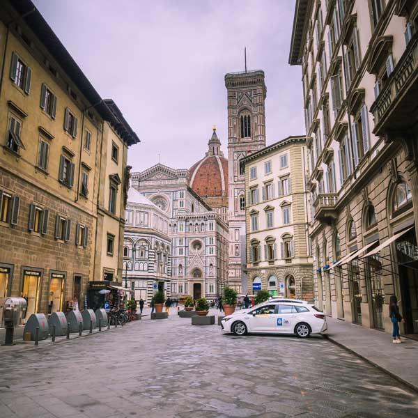 Cosa vedere a Firenze - Piazza del Duomo - Via dei Pecori