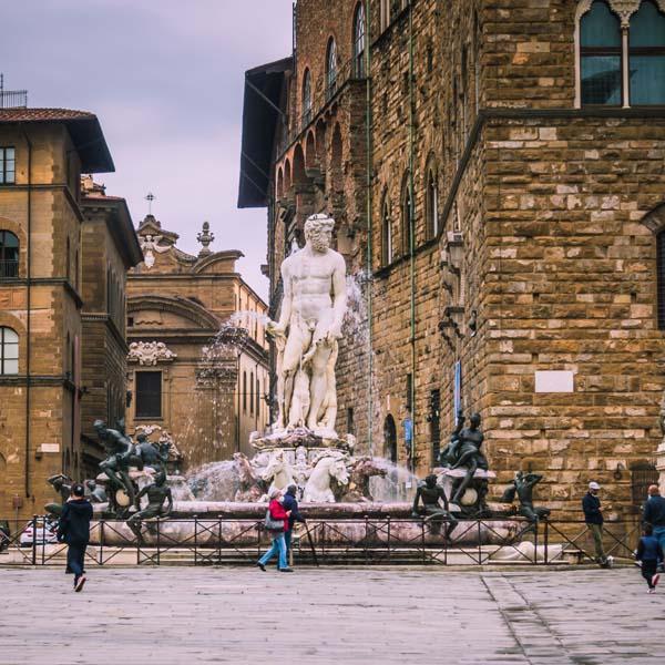 Cosa vedere a Firenze - Piazza della Signoria, Fontana del Nettuno